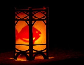 Bí ẩn khoa học bên trong chiếc đèn kéo quân