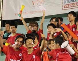 Cổ động viên TPHCM hào hứng với cơ hội trở lại V-League