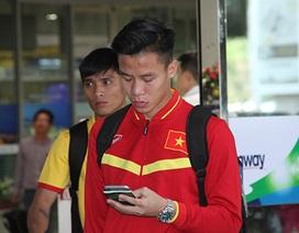Đội tuyển Việt Nam về nước trong lặng lẽ