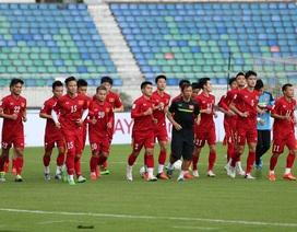 Đội tuyển Việt Nam hứng khởi trong buổi tập đầu tiên tại Myanmar