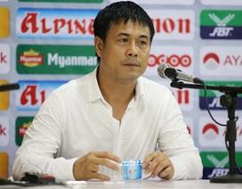 HLV Nguyễn Hữu Thắng thừa nhận hàng thủ mắc lỗi