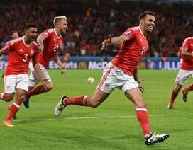 Bàn thắng của Robson-Kanu vào lưới Bỉ được ví với phong cách của Johan Cruyff