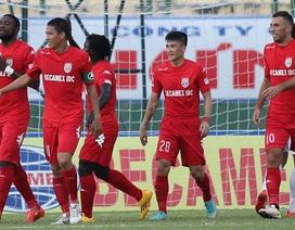 Hà Nội T&T thắng B.Bình Dương trong trận cầu có đến 9 bàn thắng