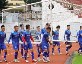 Đội tuyển Việt Nam tập buổi đầu trên sân Thống Nhất