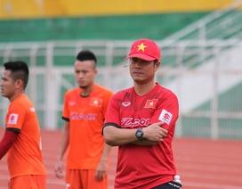 """HLV Hữu Thắng: """"Kiểm soát bóng không tốt không phải vì thiếu Tuấn Anh, Xuân Trường"""""""