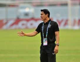 AFF Cup 2016 sẽ quyết định tương lai của HLV Kiatisuk