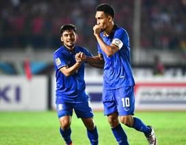 Teerasil Dangda thách thức thành tích ghi bàn của Công Vinh tại AFF Cup