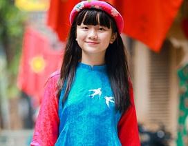 Bé Kim Anh The Voice Kids diện áo dài vui Trung thu
