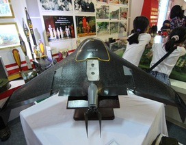 Tận mắt chiêm ngưỡng khí tài hùng hậu của quân đội Việt Nam tại Giảng Võ