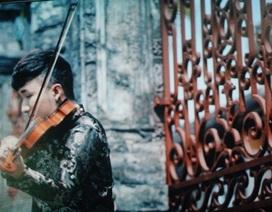 """Hoàng rob đã tìm thấy nguyên bản mình trong MV """"Tự nguyện"""""""