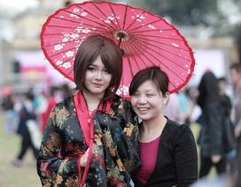 Những màn cosplay gây xôn xao ở lễ hội anh đào