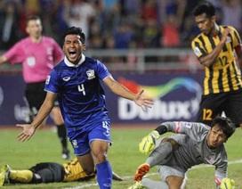 HLV Kiatisuk khuyên học trò tránh bài học của đội tuyển Việt Nam