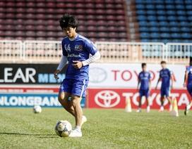 Công Phượng chơi mờ nhạt, HA Gia Lai bại trận trước Than Quảng Ninh