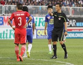 5 thẻ đỏ được sử dụng ở vòng 6 V-League