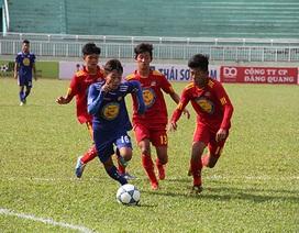 Quảng Ngãi và Viettel vào bán kết giải bóng đá U17 quốc gia 2015