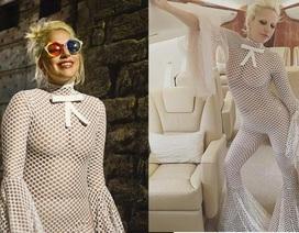 """Lady Gaga lại mặc """"lưới"""" ra đường"""
