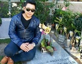 Quang Lê trần tình việc ngồi trên mộ nhạc sĩ