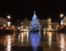 """Giáng sinh an lành và nhàn tản với ba """"Fa"""" Việt ở Ostrava"""