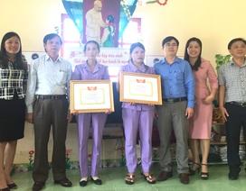 Sở Giáo dục Nghệ An trao Giấy khen đến 2 cô giáo bảo vệ 17 học sinh trước đàn ong rừng