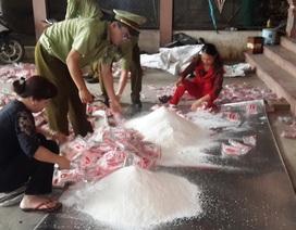 Bắt và tiêu hủy hơn 300kg mì chính giả mạo nhãn hàng hóa