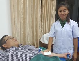 Cứu sản phụ Lào bị băng huyết, đờ tử cung không hồi phục