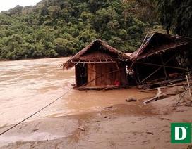 Gần 200 hộ dân đang bị cô lập giữa núi rừng