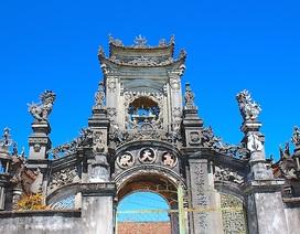 Độc đáo kiến trúc nghi môn Phủ thờ Đàng Cao