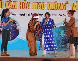 """Ấn tượng học sinh Nghệ An đóng tiểu phẩm tuyên truyền """"Văn hóa giao thông"""""""
