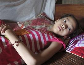 Mẹ nghèo khao khát hiến thận cứu con gái 11 tuổi đang nguy kịch