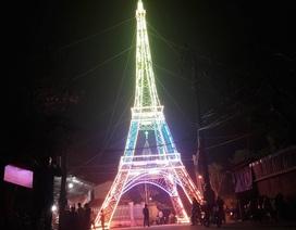 """Giáo dân Xứ Nghệ làm """"Tháp Eiffel"""" đón Giáng sinh độc nhất Việt Nam"""