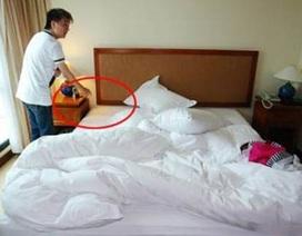 Ở khách sạn 5 sao, Mr Đàm mất kim cương, Hà Kiều Anh mất USD