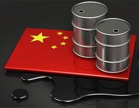 """Trung Quốc ung dung hưởng lợi từ """"cuộc chiến giá dầu"""""""