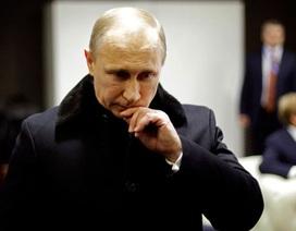 """Putin """"vắt óc"""" tìm cách vực dậy đế chế Nga"""