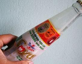 TP.HCM: Phát hiện chai sữa đậu nành vón cục