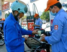 Xăng dầu ngấp nghé tăng giá