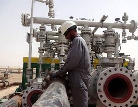 """""""Giá dầu sẽ dưới 100 USD/thùng 10 năm tới""""."""