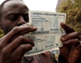 Đồng nội tệ mất giá, 35 triệu tỷ Zimbabwe chỉ đổi được 1 USD