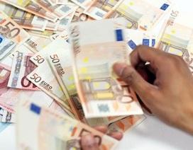 Euro mất giá từng ngày, nhà giàu Việt buốt ruột