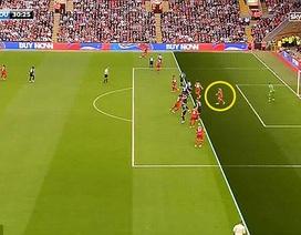 Tranh cãi: Quên luật việt vị mới, trọng tài giúp Liverpool chiến thắng
