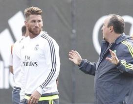 Sergio Ramos thắc mắc về cách điều binh khiến tướng của Benitez