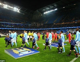 CĐV la ó, Man City đối mặt án phạt từ UEFA