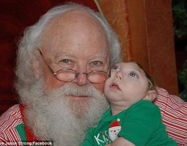 Ấm lòng bộ ảnh giáng sinh của cậu bé mang nửa hộp sọ