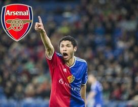 Arsenal đón tân binh, gia hạn hợp đồng với Wilshere