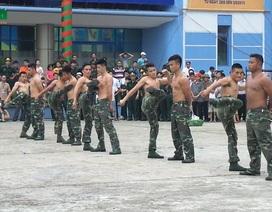 Bộ đội biên phòng Việt Nam phô diễn tuyệt kỹ khí công