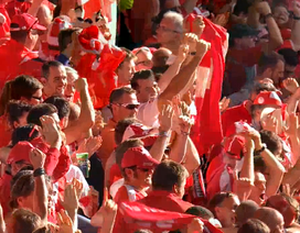 Video clip bàn thắng và tình huống quan trọng trận Romania 1-1 Thụy Sĩ