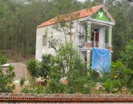 Dân ngang nhiên chiếm đất, xây nhà trái phép