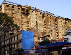 """Di dời dân tại chung cư tàn tạ nhất Sài Gòn sau """"lệnh"""" của Bí thư Thăng"""