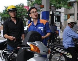 Xăng giảm nhẹ 136 đồng/lít, dầu đồng loạt tăng giá