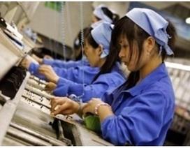 """""""Ngấm đòn"""" tỷ giá, sản xuất suy giảm lần đầu trong 2 năm"""