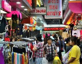 Dân nhà giàu ào ạt ra nước ngoài mua sắm cho Tết Nguyên đán